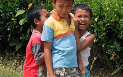 Vergessene Kinder auf Borneo?